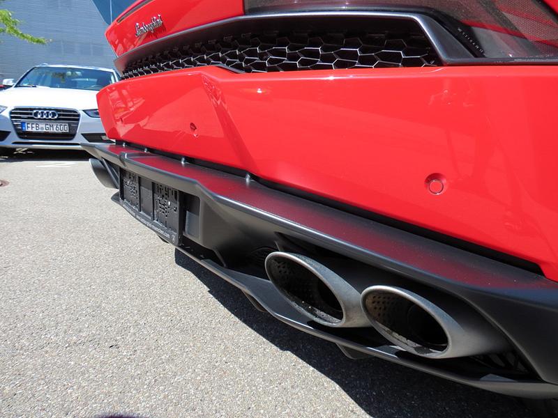 https://sportwagen-versicherungen.de/wp-content/uploads/Lamborghini_Huracan_LP_610-4-4.png